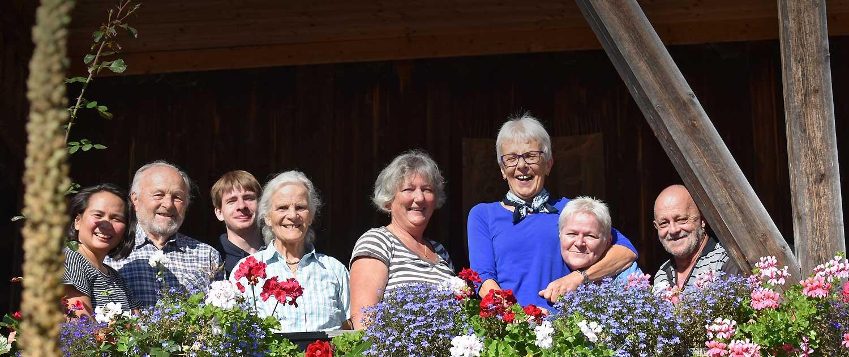 Berghofer Mitarbeiter mit Martin und Margret Hofer