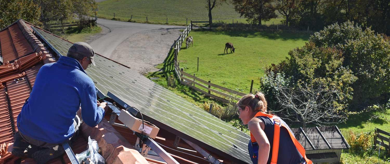 Installation der neuen Solaranlage am Berghof 2019