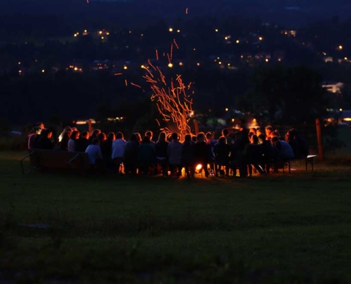 Lagerfeuer über Miesbach